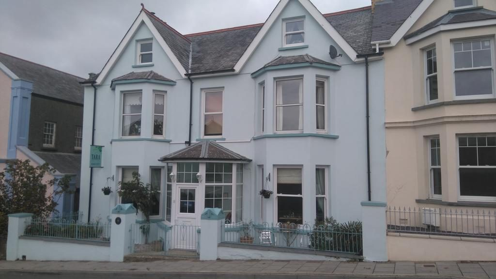 Tara Bed and Breakfast in Fishguard
